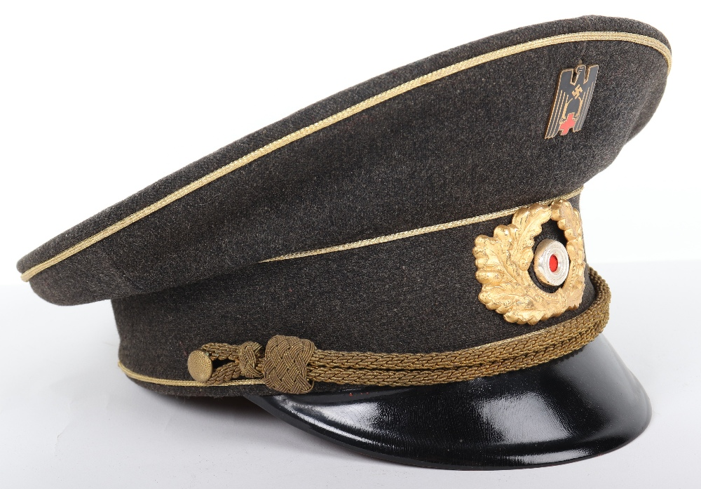 Lot 12 - Third Reich Deutsche Rotes Kreuz (D.R.K) Leaders Peaked Cap