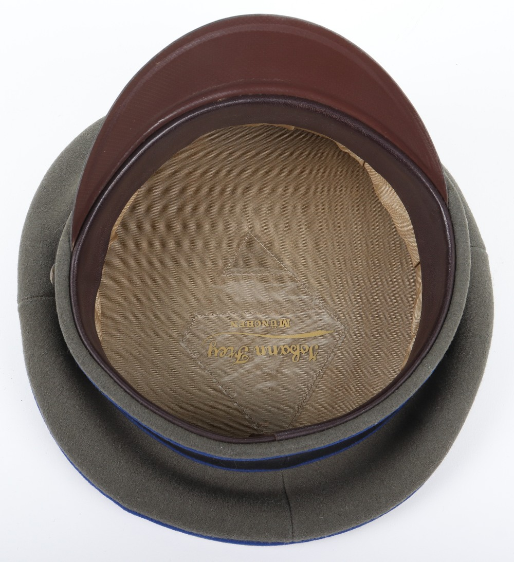 Lot 8 - Waffen-SS Medical NCO's Peaked Cap