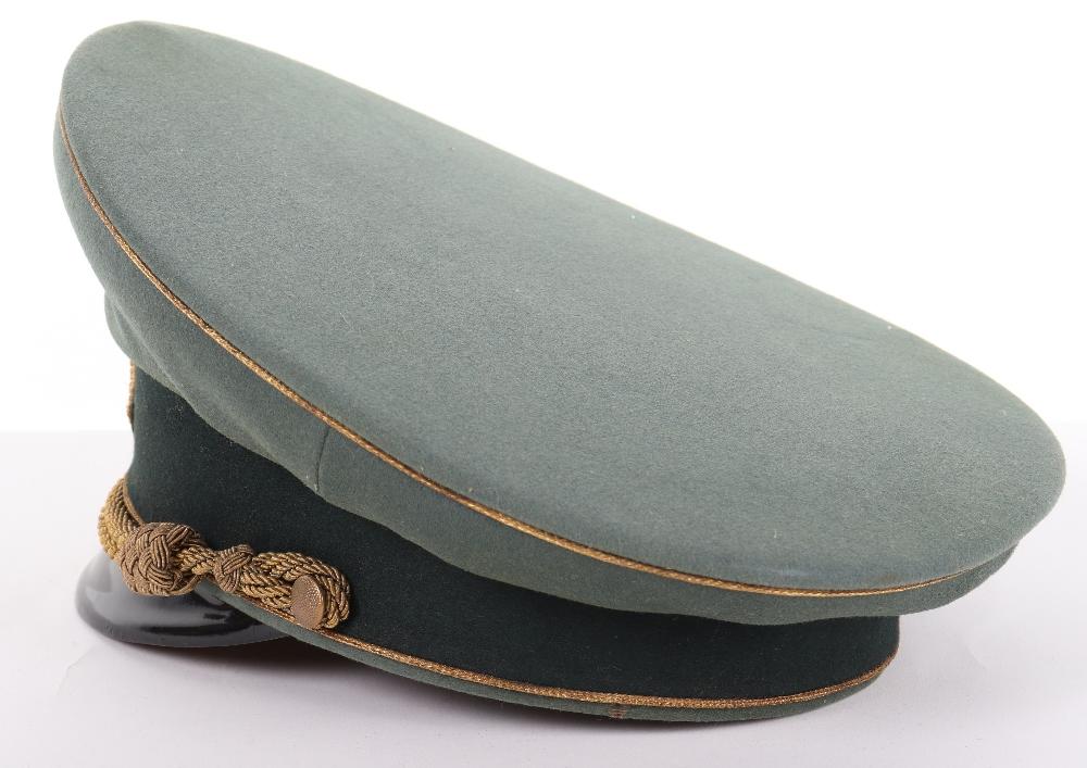 Lot 52 - German Army Generals Peaked Cap