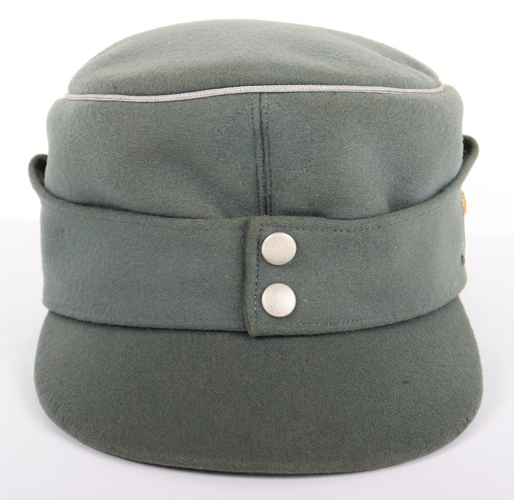 Lot 59 - German Army Mountain Troops (Gebirgsjäger) Officers M-43 Field Cap