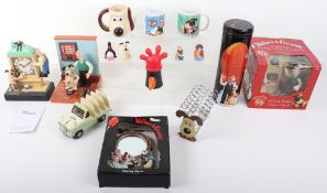 Quantity of Wallace and Gromit household related memorabilia