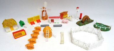 FG Taylor plastic Farm Accessories
