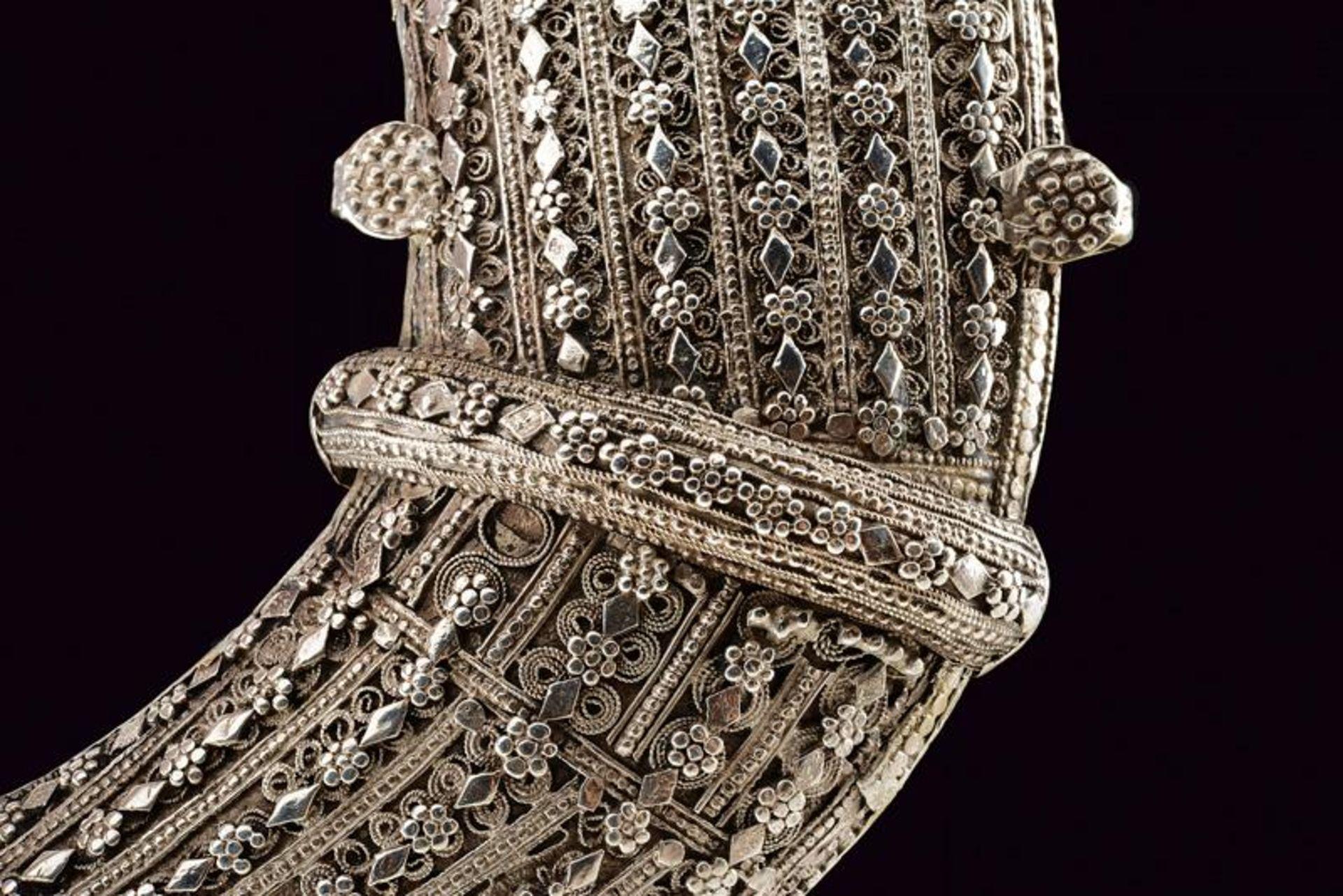 A silver mounted Jambiya - Bild 6 aus 8