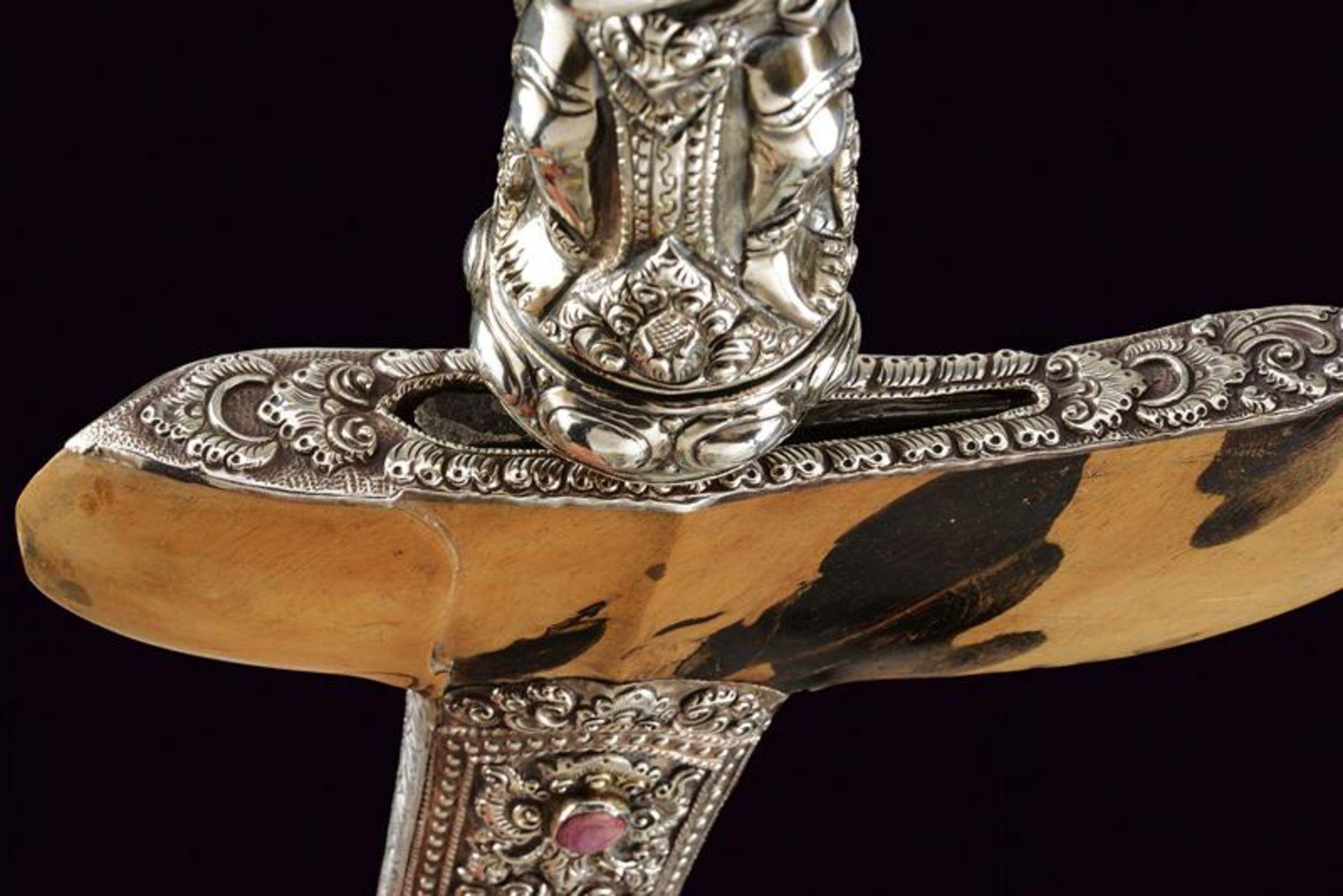 A beautiful silver mounted kris - Bild 10 aus 11