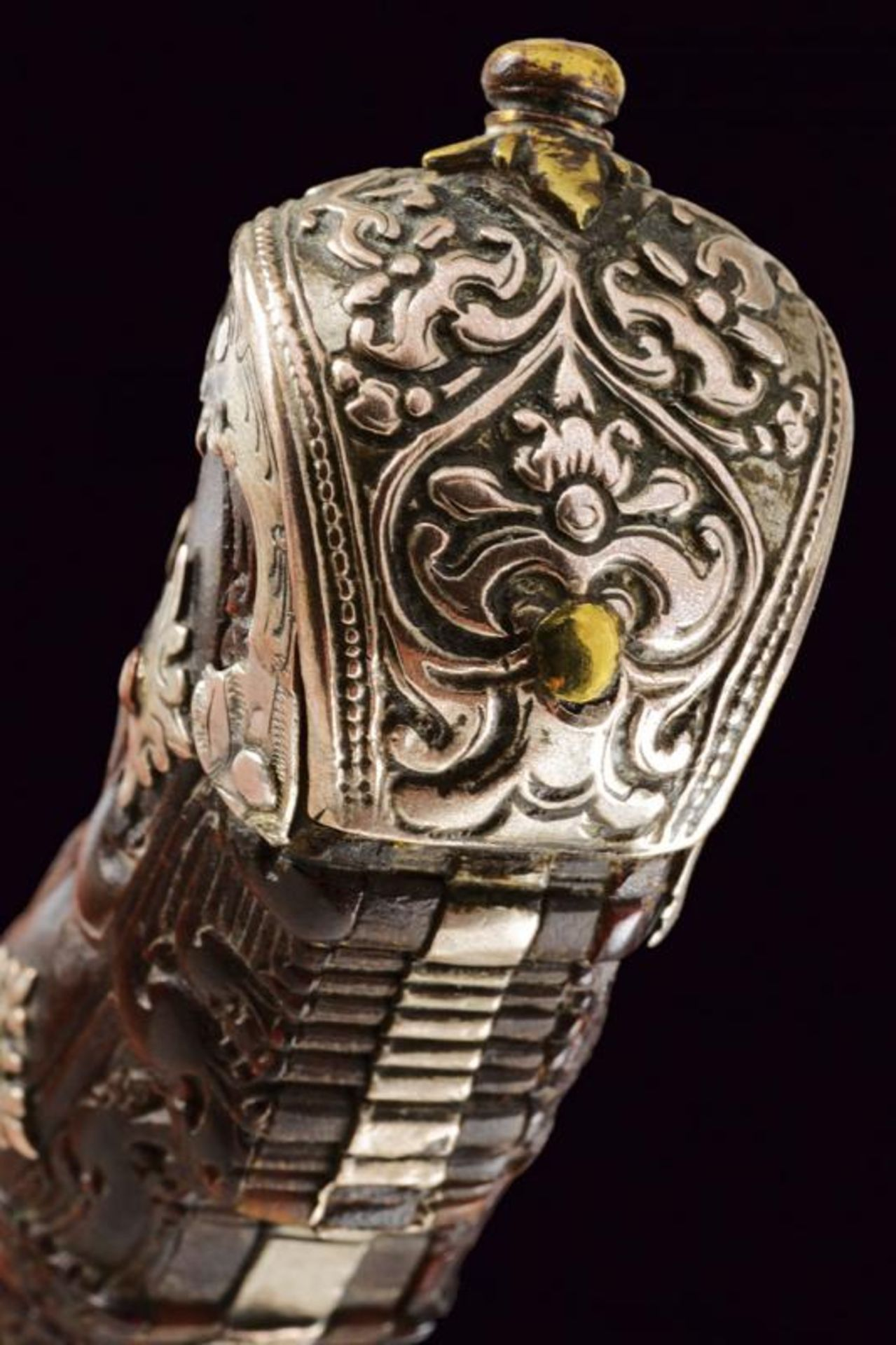 A fine silver and brass mounted Piha kaetta - Bild 5 aus 7