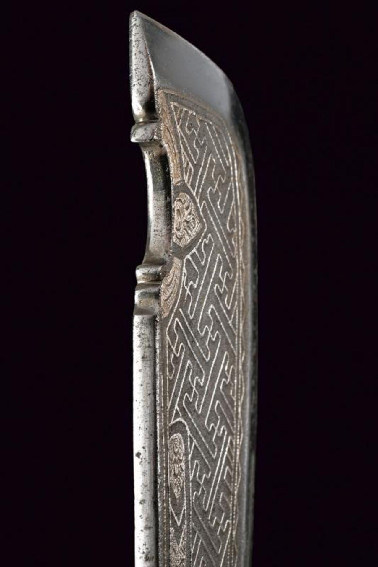 A ceremonial axe with silver hilt - Bild 3 aus 6