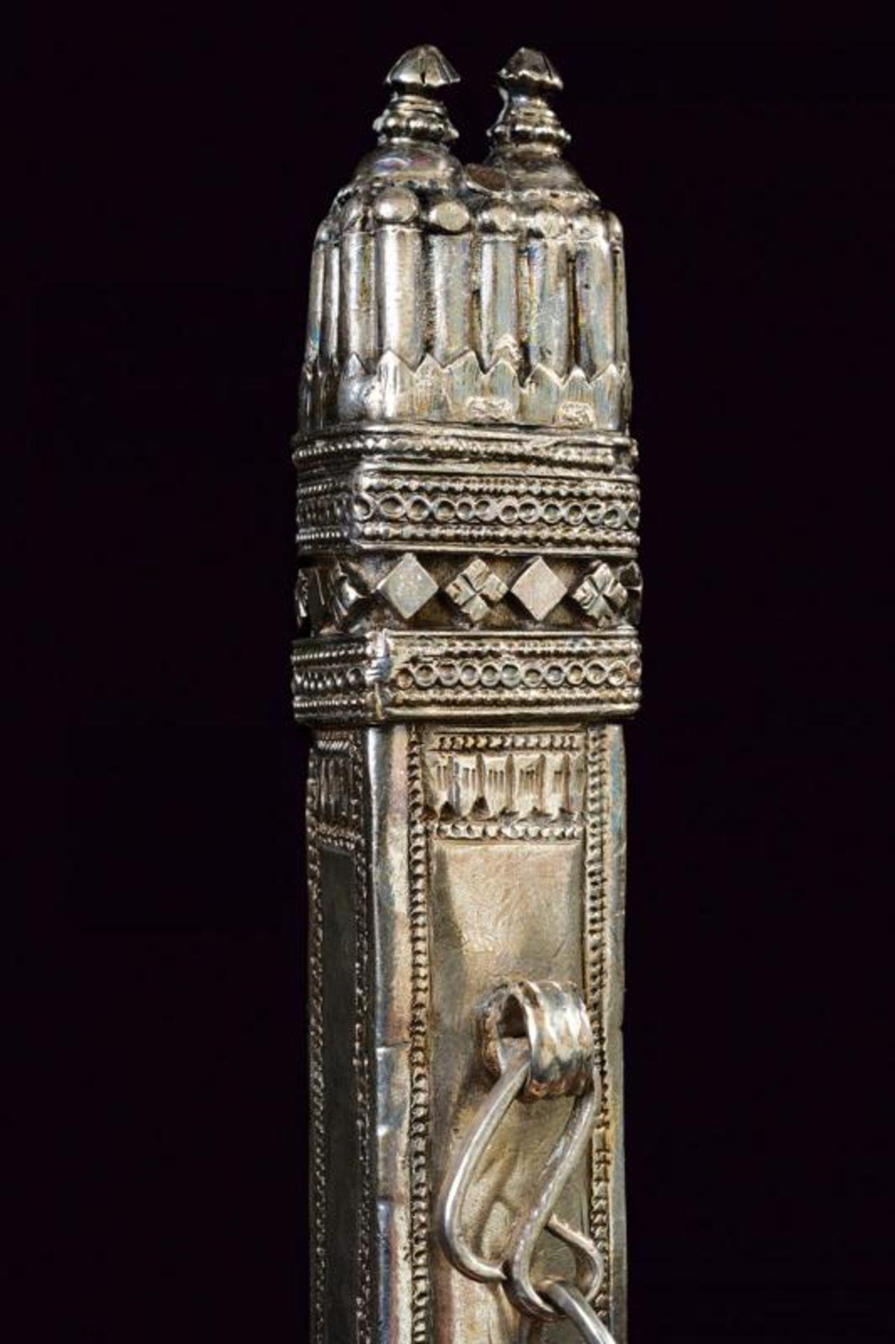 A silver scabbard - Bild 2 aus 4