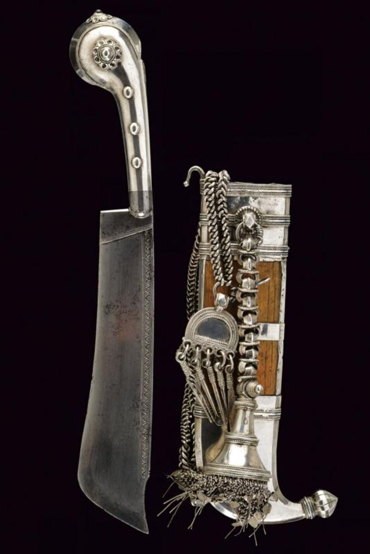 A silver mounted Pichangatti