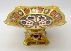 Royal Crown Derby Old Imari pattern tazza no. 1128, L27cm x 14.