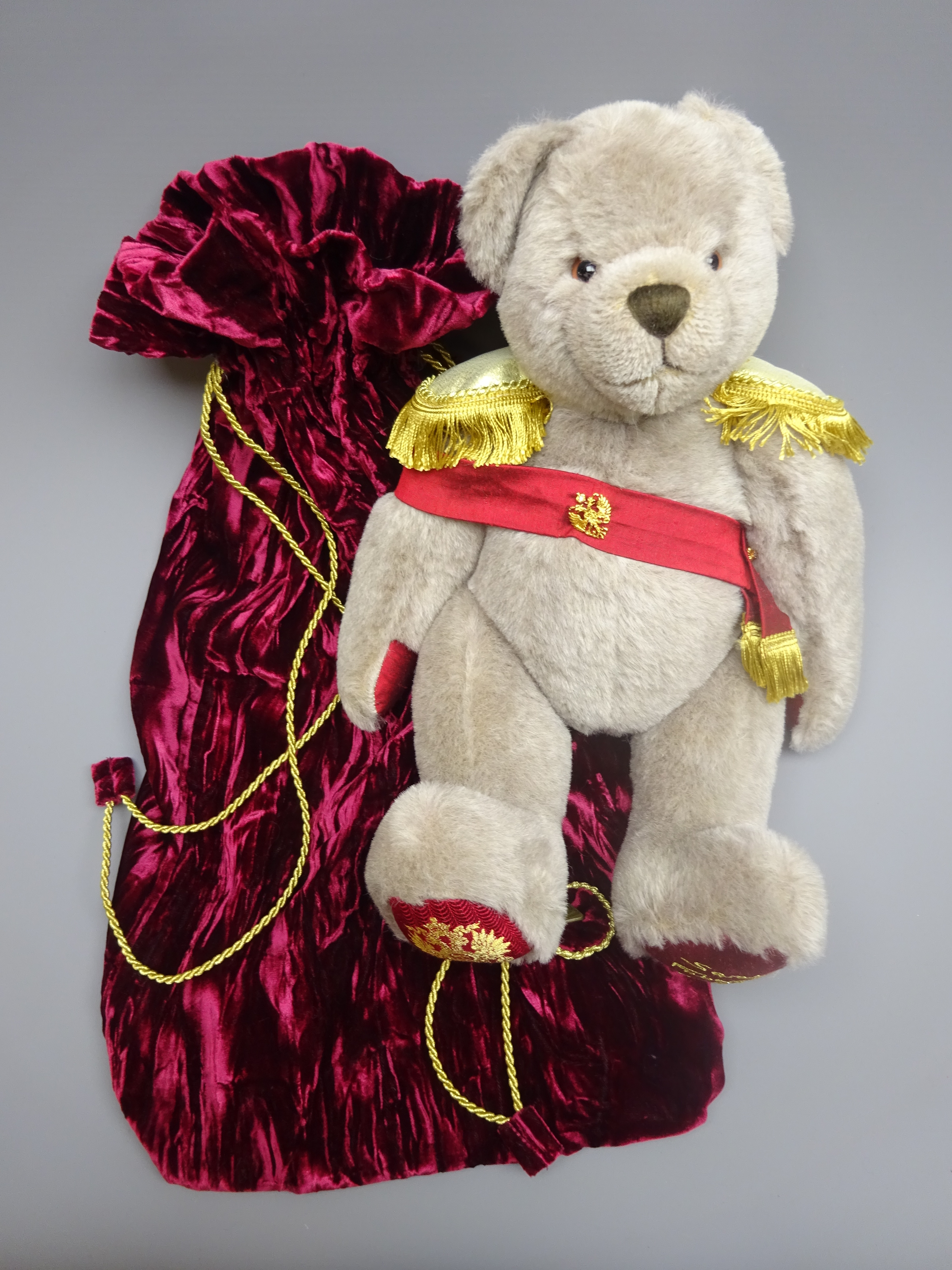 Lot 3030 - Hermann limited edition teddy bear designed by Sarah Faberge No.
