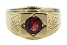 9ct gold gentleman's single stone garnet signet ring,