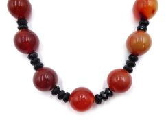 Large agate and onyx bead necklace, with 14ct gold clasp