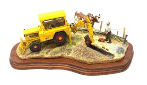 A Border Fine Arts figure group, Laying the Clays, model no B0535 by Ray Ayres, 288/1750, on wooden