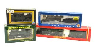 HO scale/'00' gauge - four locomotives comprising Bachmann Baltimore & Ohio USRA 0-6-0 with smoke fa