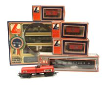 Lima HO/00 - Golden Series Leopold Military Train Set with 0-8-0 locomotive and dummy, passenger coa