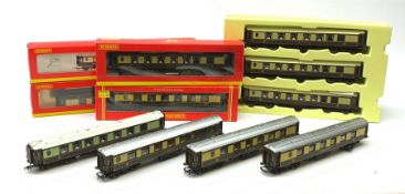 Hornby '00' gauge - eleven Pullman coaches comprising four boxed, set of three in box inner and four