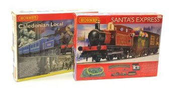 Hornby '00' gauge - Santa's Express set with 0-4-0 tank locomotive No.012, reindeer and present wago