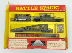 Tri-ang/Hornby '00' gauge - Battle Space Strike Force 10 set, with some figures and missiles, boxed