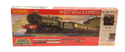 Hornby '00' gauge - Digital Western Express set with Hall Class 4-6-0 locomotive 'Ketley Hall' No.49
