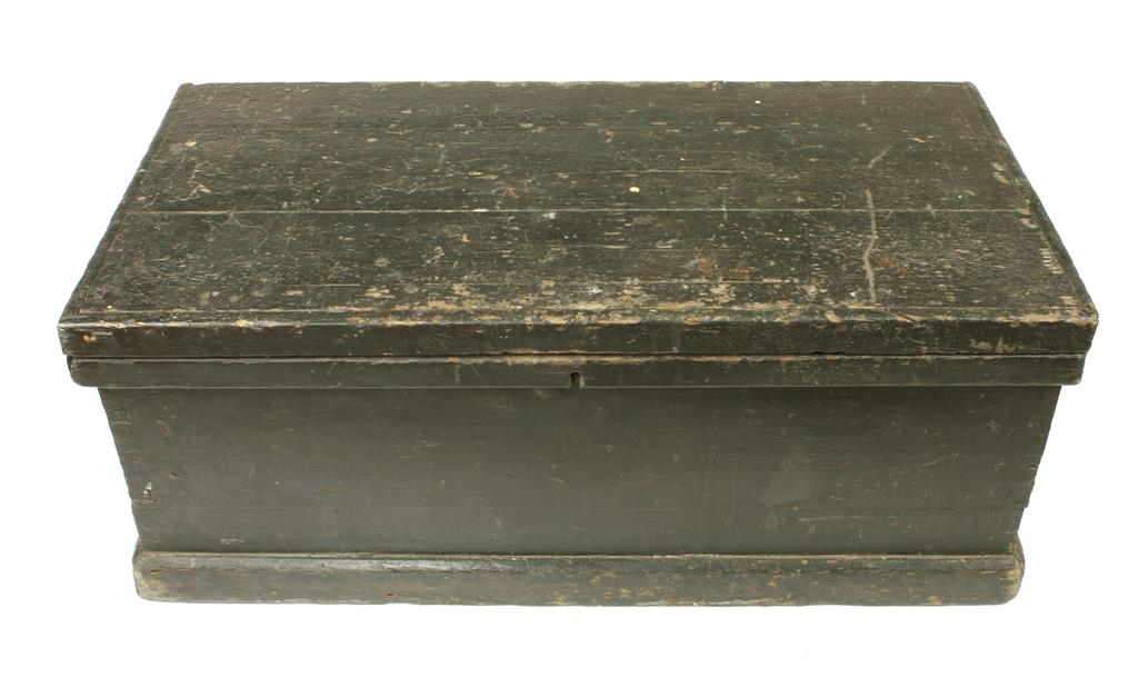 """Lot 59 - A pine chest 35"""" x 18"""" x 15"""" with 46 moulding planes and six other beech planes G"""