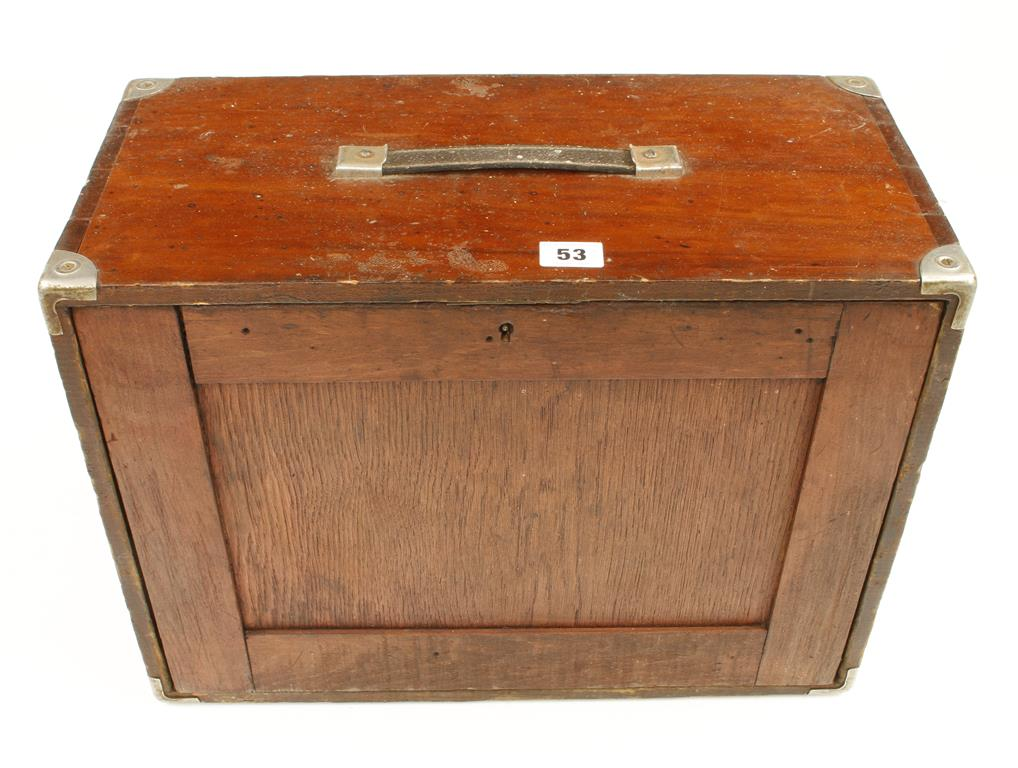 Lot 53 - An engineers 6 drawer tool chest G