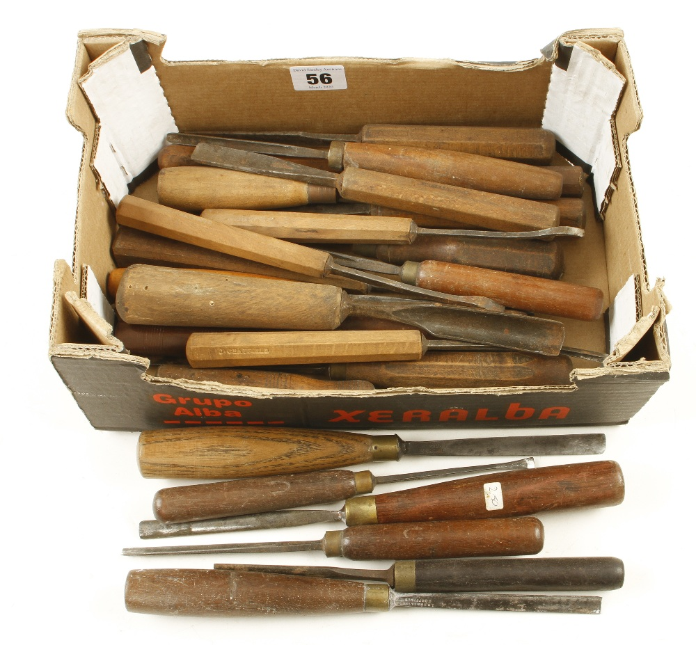 Lot 56 - 25 carving tools G