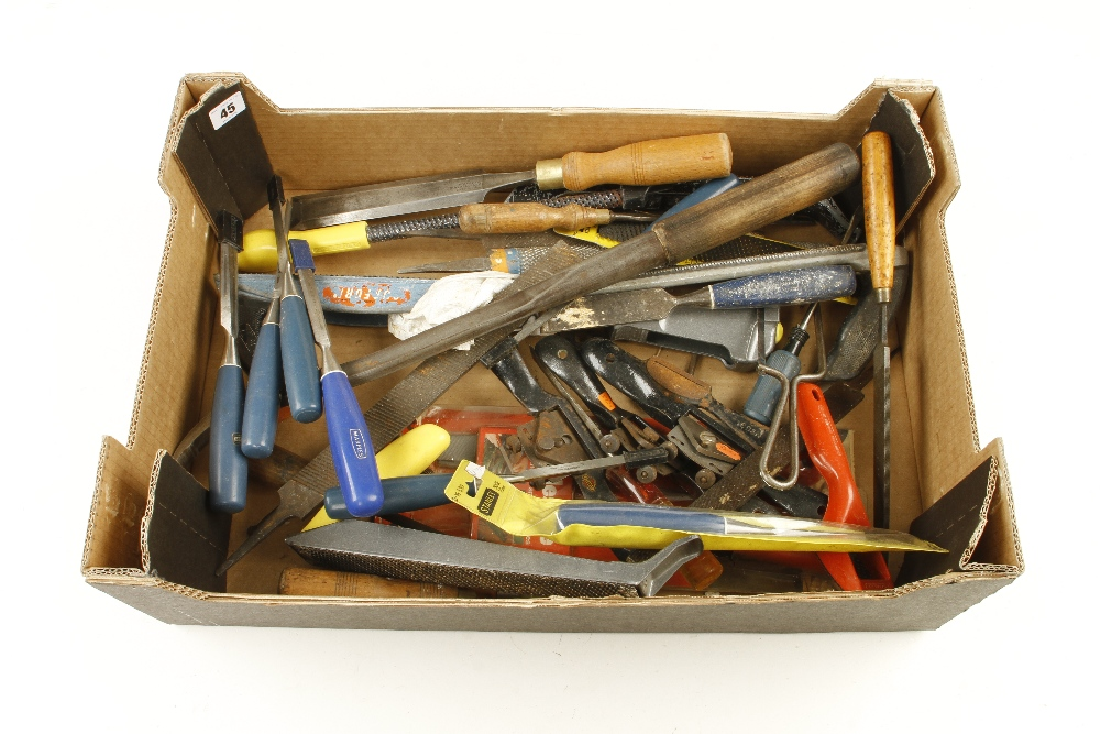 Lot 45 - Nine chisels with composite handles and other modern tools G