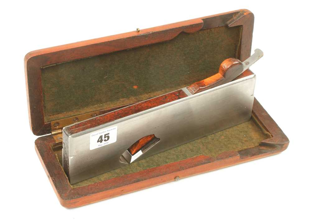 """Lot 45 - A 3/4"""" d/t steel rebate plane by SPIERS in fitted box G+"""