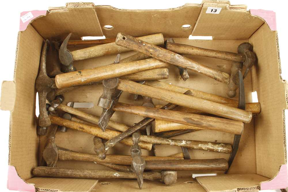Lot 13 - 28 hammers etc G