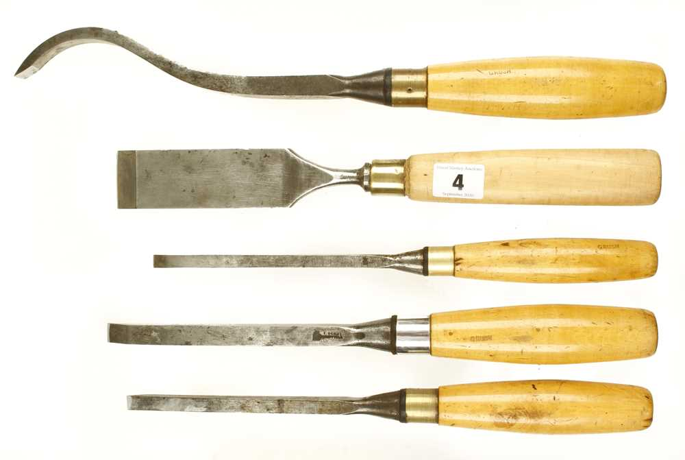 Lot 4 - A mortice lock chisel, 3 mortice chisels and another all with boxwood handles G++