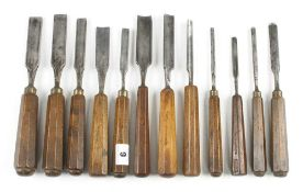 12 gouges with matching octagonal handles (ex Bob Funell collection) G++