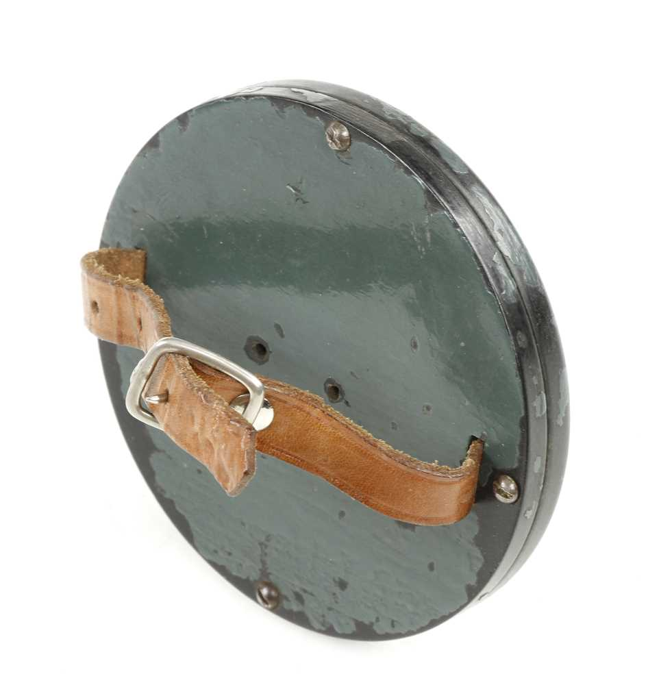 An unusual WW2 wrist signalling mirror in bakelite with leather strap G++ - Image 2 of 2