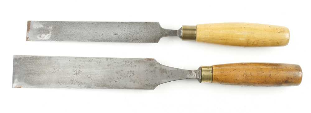 """A 2"""" tapered chisel by BRADES and a 1 1/4"""" bevel edge chisel by MARPLES G+ - Image 2 of 2"""