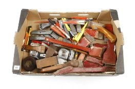 Quantity of paint scrapers, tapes and Stanley knives G
