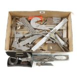 A quantity of engineering tools G+