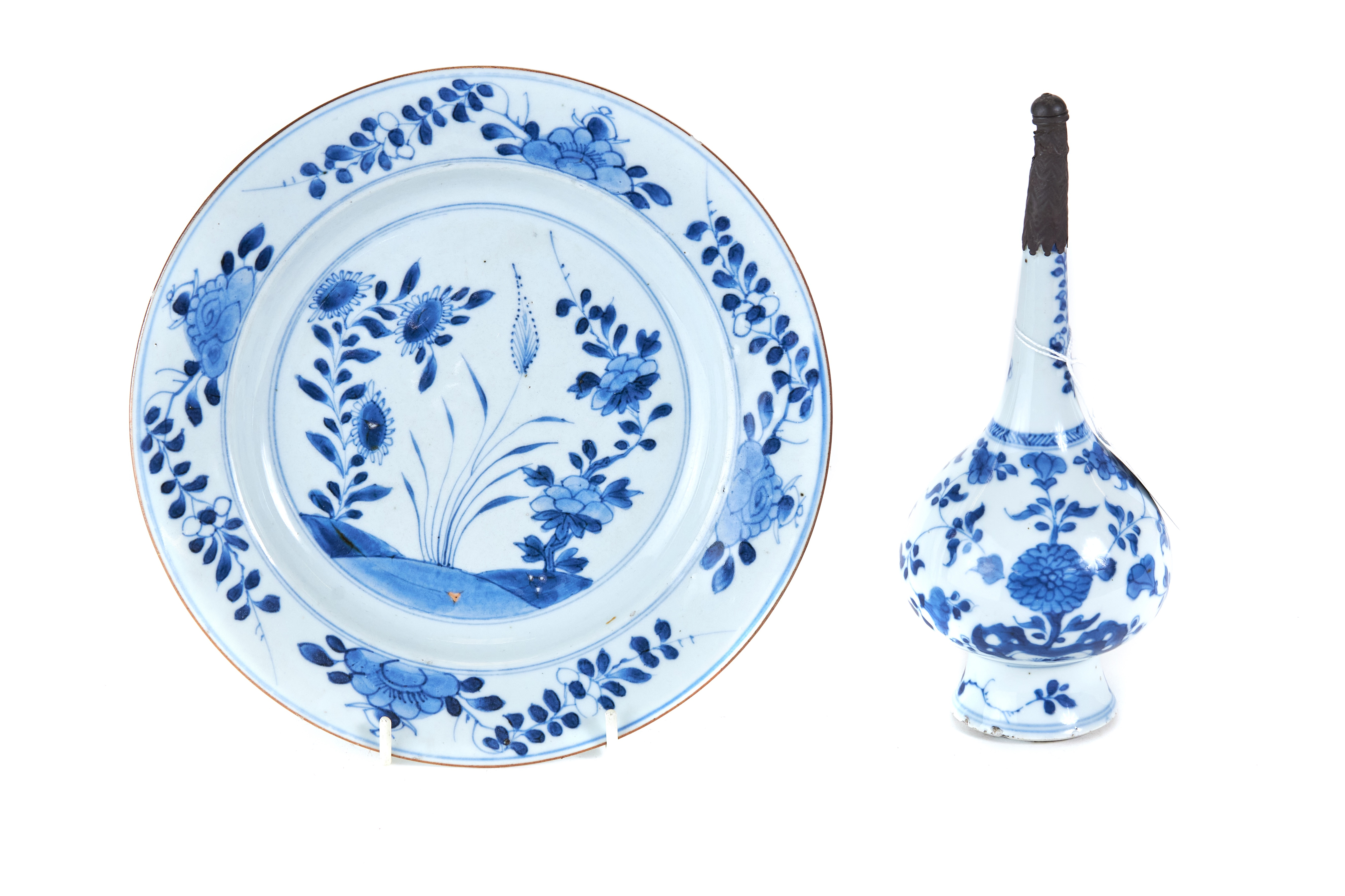 AN 18TH CENTURY CHINESE PORCELAIN ROSE WATER SPRINKLER decorated in underglaze blue with meandering