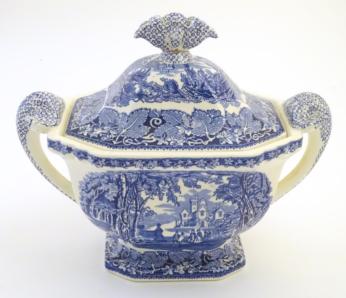 Lot 57 - A Mason's ironstone china blue and white lidded tureen with twin handles, in the pattern Vista.