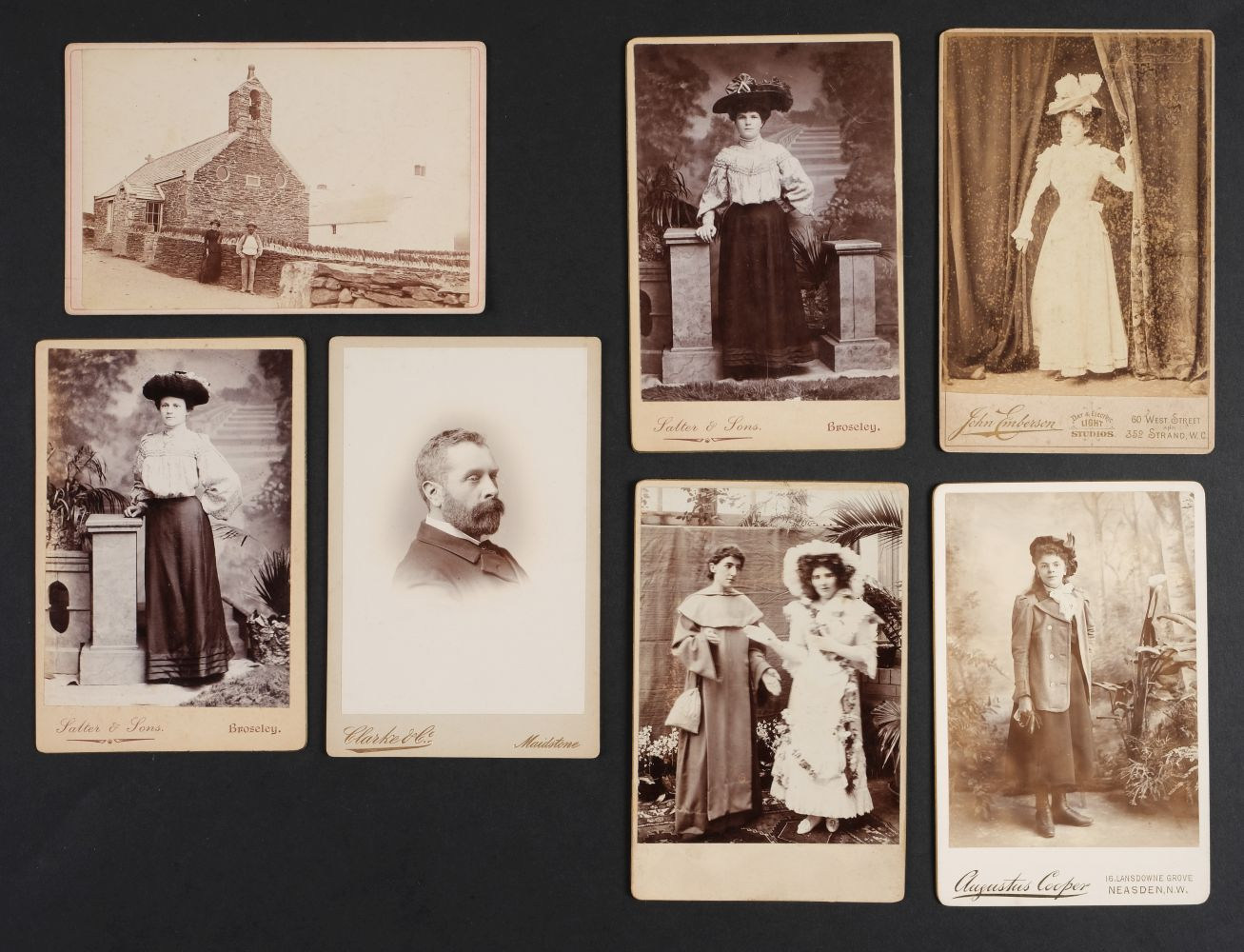 * Cartes de Visite. A collection of approx. 140 albumen print cartes de visite, 1860s and later - Image 7 of 21
