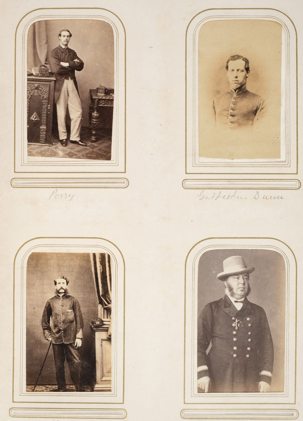 * Cartes de visite. A group of 3 albums of cartes de visite and cabinet cards - Image 12 of 26