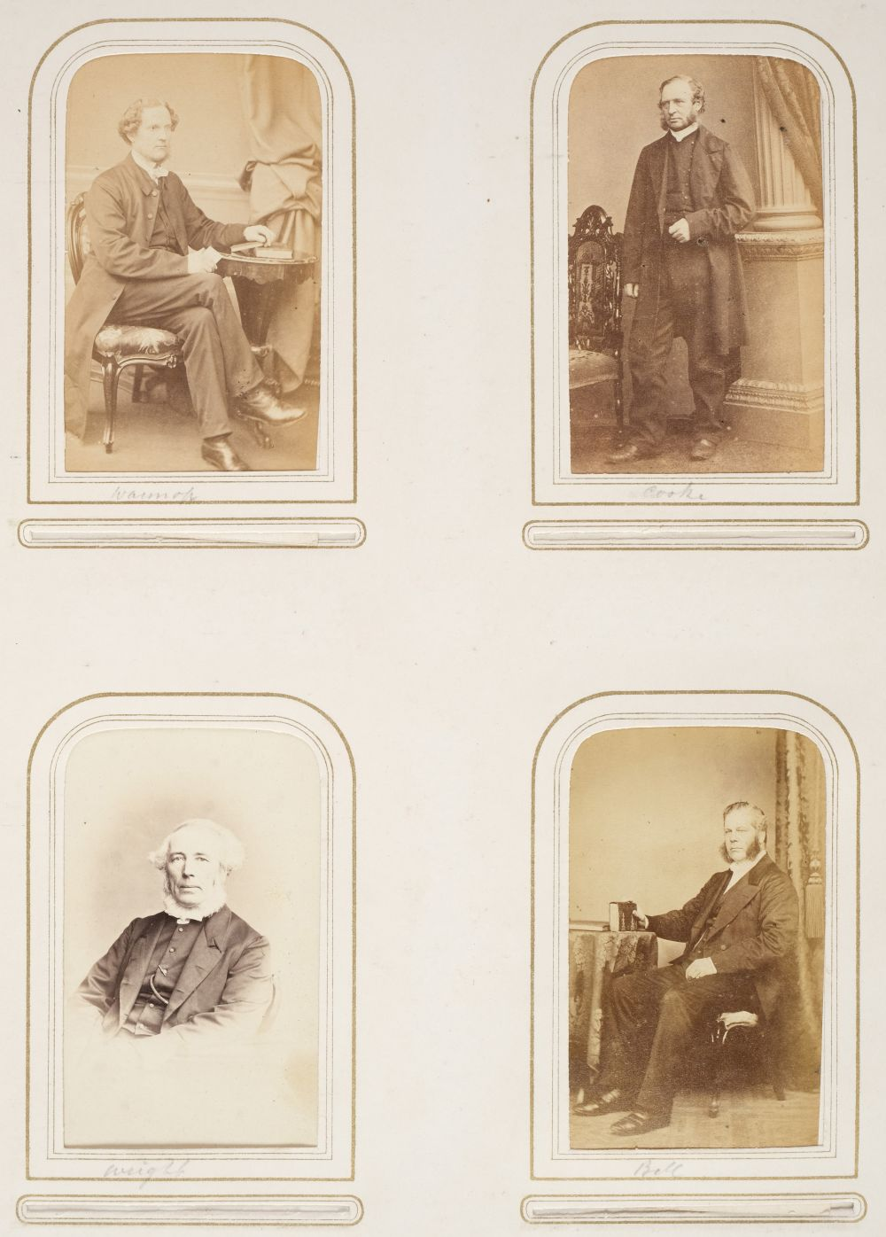 * Cartes de visite. A group of 3 albums of cartes de visite and cabinet cards - Image 10 of 26