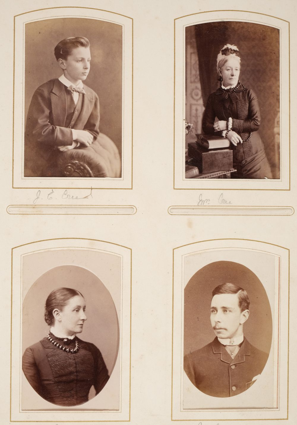 * Cartes de visite. A group of 3 albums of cartes de visite and cabinet cards - Image 16 of 26