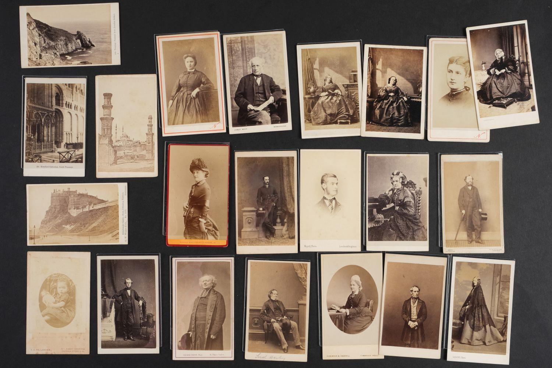 * Cartes de Visite. A collection of approx. 140 albumen print cartes de visite, 1860s and later - Image 20 of 21