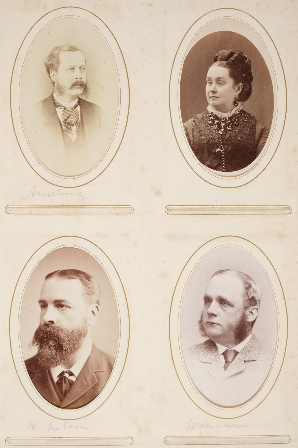 * Cartes de visite. A group of 3 albums of cartes de visite and cabinet cards - Image 21 of 26