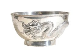 CHINESE EXPORT SILVER 'DRAGON' BOWL, LUEN WO, SHANGHAI, EARLY 20TH CENTURY