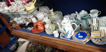A LARGE COLLECTION OF DECORATIVE TEA WARE
