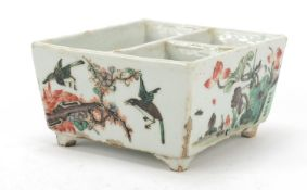 Good Chinese porcelain sectional four footed planter hand painted in the famille verte palette