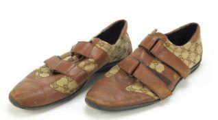 Pair of vintage gentlemen's Gucci shoes, size 45