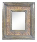 20TH CENTURY ANTIQUE STYLE ITALIAN PAINTED FRAME W