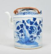 A 19th Century Chinese porcelain tea pot of tubula