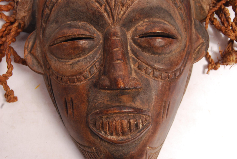 Lot 261 - AFRICAN CHOKWE ( TCHOKWE ) CONGO DRC CARVED TRIBAL MASK